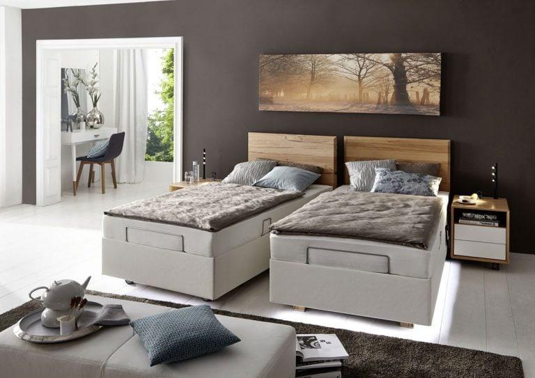 Auf dem Bild ist die graue Doppel-Bett Kombination Davos von der Marke Kirchner abgebildet