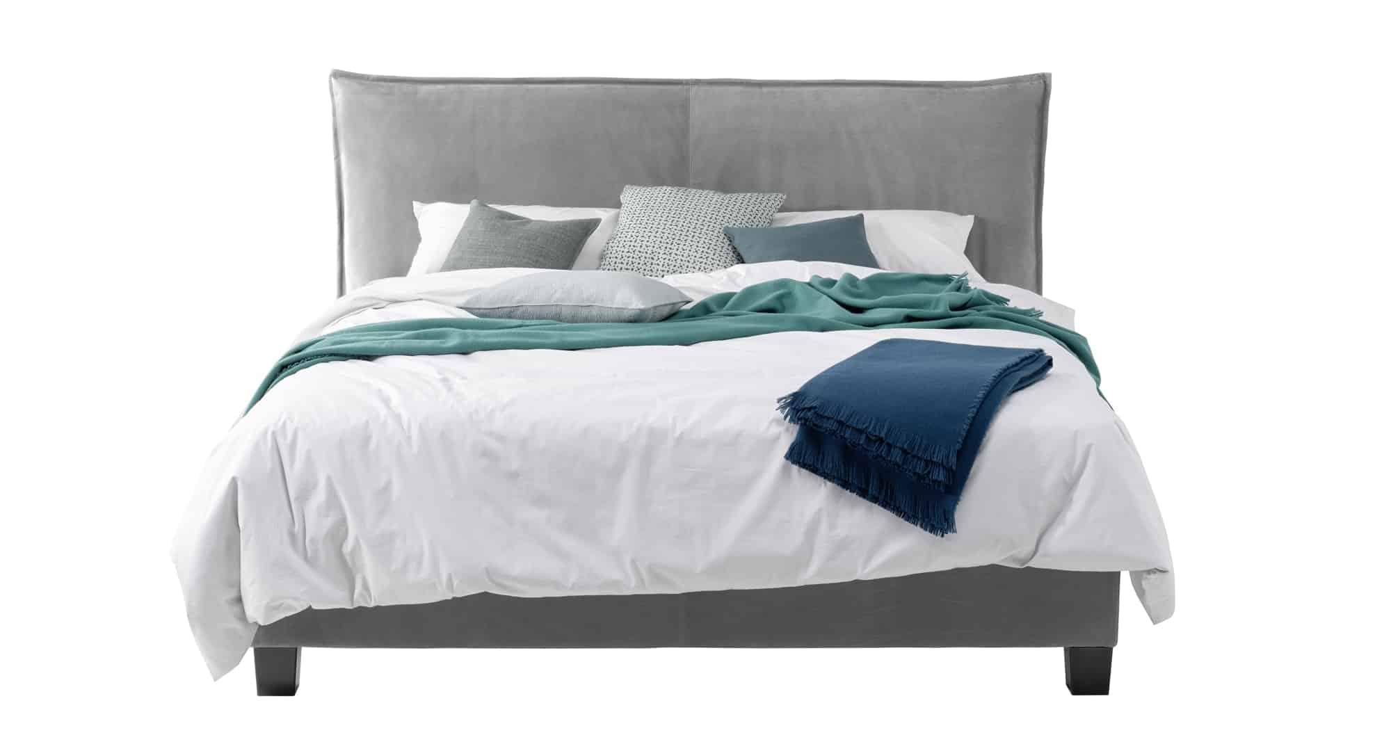 Das Bild zeigt ein graues Leder Boxspring Bett aus dem Sortiment von Bischoff Betten