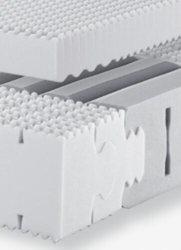 Auf dem Bild ist der Innenaufbau einer Lattoflex Matratze zu sehen