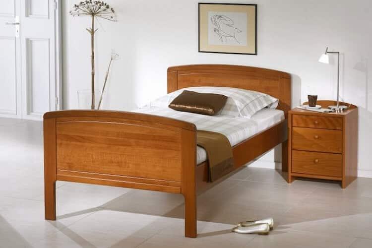 Das Bild zeigt das Modell Speyergross aus dem Sortiment von Bischoff Betten