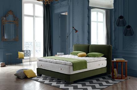 Das Bild zeigt das Modell Club Vert von der Marke Treca Paris