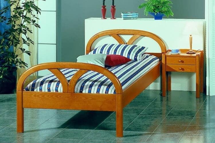 Das Bild zeigt das Modell Vereonagross aus dem Sortiment von Bischoff Betten